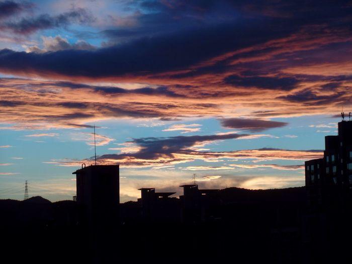 하늘사진 Sky And Clouds Picture Hobby Sky Beautiful Sunset Fall Cloudy 취미 풍경 사진 First Eyeem Photo