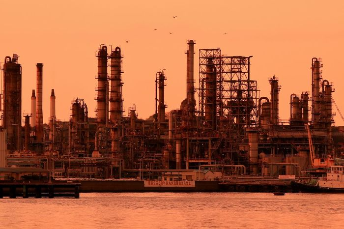 Sunset Oil Industry Sunsets Waterfront Bayside Japan Sunset_collection Chemical Engineering Chemicalplant Plant Bay Petrochemical Plant