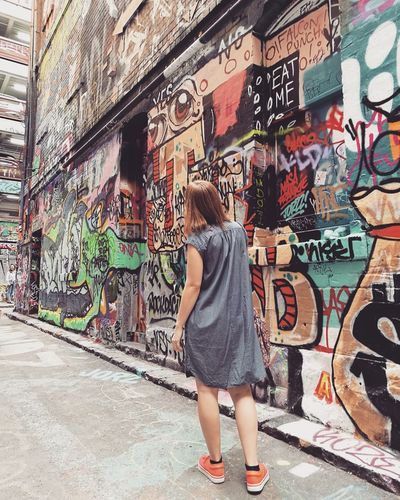 Lost in graffitis