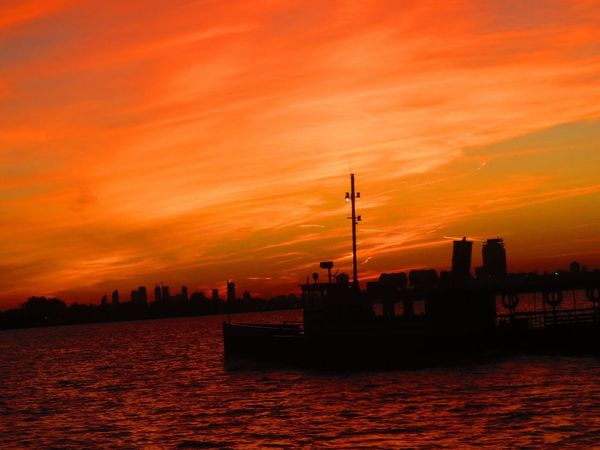 Tugboat finishing up for the day ,just like this beauty of a sunset Colourful No People Cool Colours EyeEm Gallery Eye For Photography Photography Sky Beauty In Nature Outdoors Sunsetting On Water Sunsetting With Photograph Orange Color Compact Digital Camera Compact Camera Favorite Places