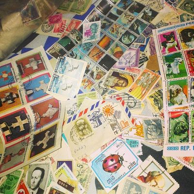 Just found dad's old stamp collection..! Stamps Old Priceless Colouful antiquesinstagram