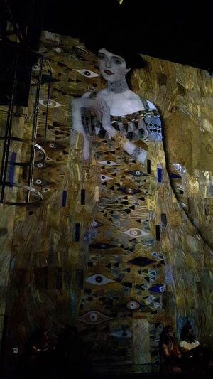 Museum Exposition Gustav Klimt Video On The Walls Great Artist Great Atmosphere Great Moment Atelier Des Lumieres - Paris