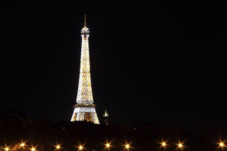 A beautiful night ...... Paris Eiffeltower Longexposure Night Lights