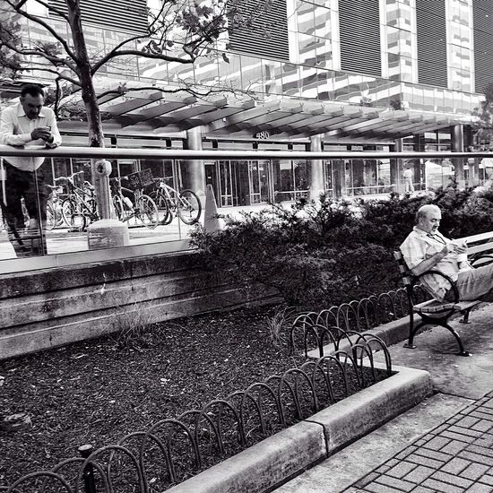 Stree Photography Blackandwhite People Watching Mobileart