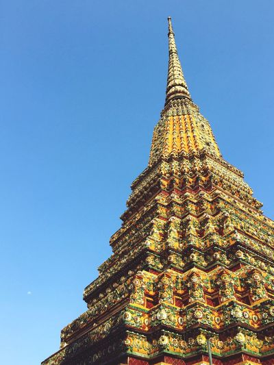 Religion Built Structure Place Of Worship Architecture Spirituality Low Angle View Building Exterior Gold Colored Architectural Feature Clear Sky Outdoors Travel Destinations No People Day Sky Thailand Clear Sky Spirituality Temple Bangkok Timeless EyeEmNewHere EyeEmNewHere