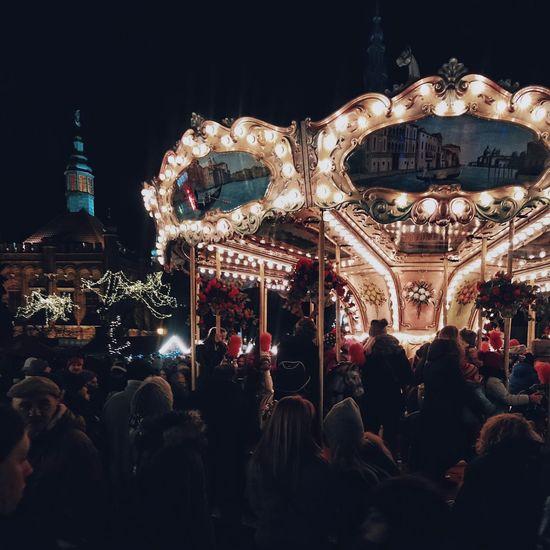 Christmastime Christmas Lights Christmasmarket Christmas Spirit Merry Christmas Christmas Market Christmasspirit Carousel Carousel Horse