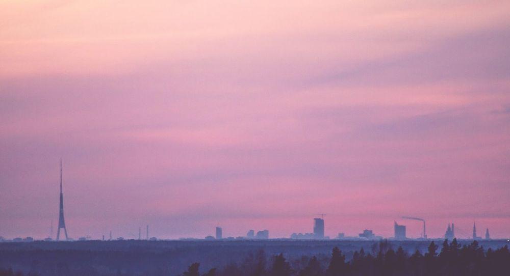 Capital City Sigma 70-300 Mm. Canon 7D AdobeLightroom Sunset #sun #clouds #skylovers #sky #nature #beautifulinnature #naturalbeauty #photography #landscape Cityscapes Latvia Far Far Away EyeEm Best Shots Watch Tower