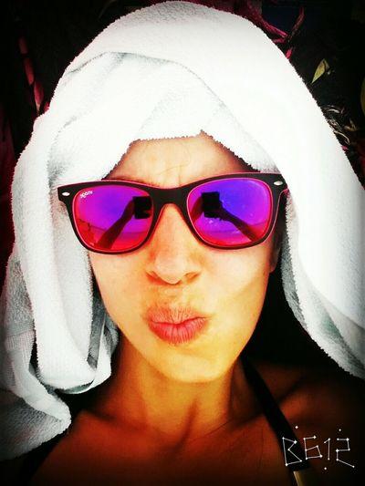 The Portraitist - 2015 EyeEm Awards Sun Beach Hot Bestoftheday Vibrantlife EyeEm Best Shots Summer Pink Sunglasses Sommergefühle