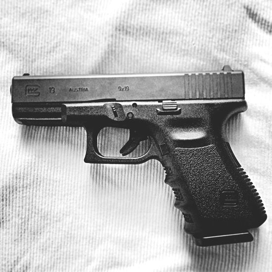 Perfection Glock19 9mm Mymainpiece First Glock. I can't wait to break this thing in. First firearm I ever fired was a Glock 19. Fell in love with guns, not to mention apretty high standard was set early on.
