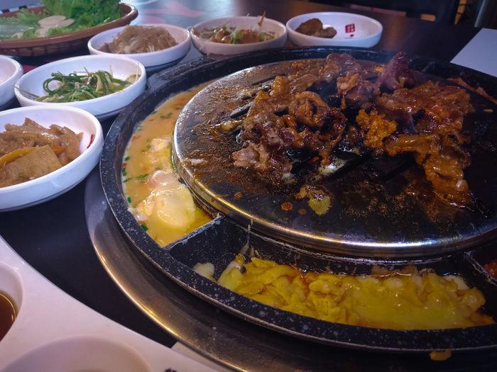 Samgyupsal Korean Korean Food EyeEm Selects Mobilephotography EyeEm Best Shots Eyeem Photography Samgyupsal Beef Pork Cheese Egg Side Dish City Plate Bowl Dumpling  Soup Close-up Food And Drink Asian Food Chopsticks