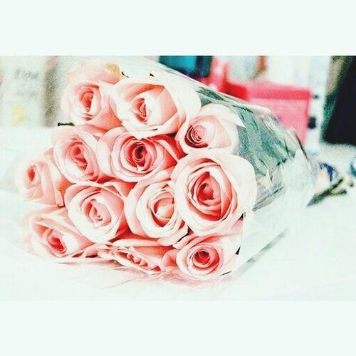 Дарите девушкам цветы) First Eyeem Photo