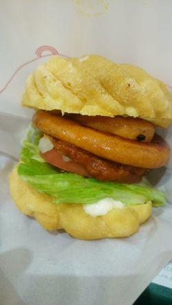 フレンチクルーラーは、多分甘い方が美味しい。 Japan Humburger Donut Food