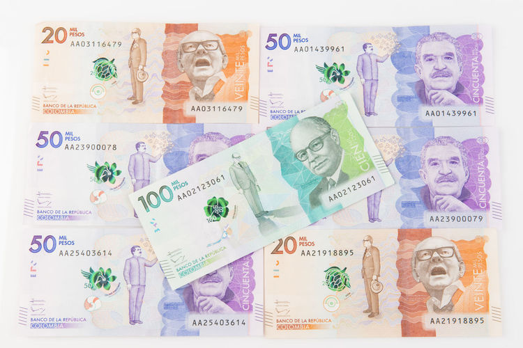 Colombian Money Colection Colombia Colombian Money Currency Finance Money Money Around The World Pesos Sales