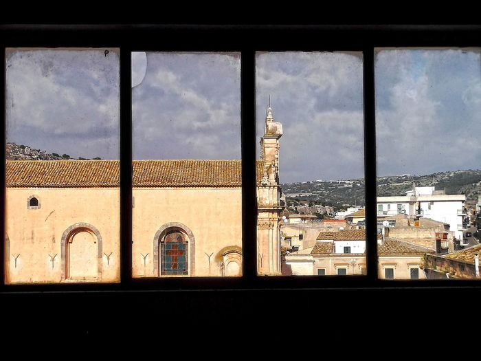 Abitazioni Andrea Camilleri Architecture Barocco Siciliano Building Exterior Chiesa Del Carmine Cielo Nuvoloso Città Barocche Della Val Di Noto Cityscape Colline Il Commissario Montalbano Indoors  Inverno No People Outdoors Scicli Sicilia UNESCO World Heritage Site Veduta Da Una Finestra Window