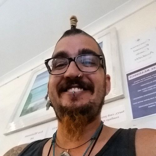 Dis happy chappy just finished his first walk in Crystal Grid Healing. New direction, new year, it's all happening! Happinessis Chuffedtobits Crystalhealing
