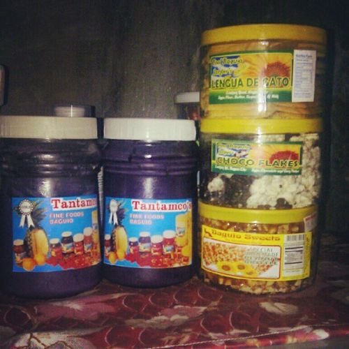 "Ohhhh. Finally. :""> Nakatikim ulit sa wakas ng Baguio Delicacies.Thank you ate Dupz. :))UbeJam ChocoFlakes LenguaDeGato Peanutbrittle 122512"