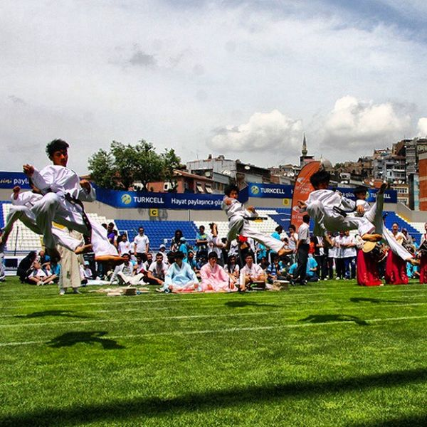 Bytaskinmise Spor  Hava Hareket Humans pictures photographer taskin taskinmiseistanbul like ilke Turkiye turkish