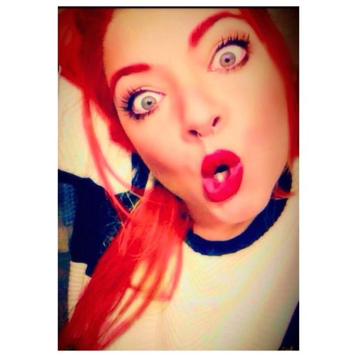 Red Hair Red Lips Redheart Crazy Hair intagram= patty_papp