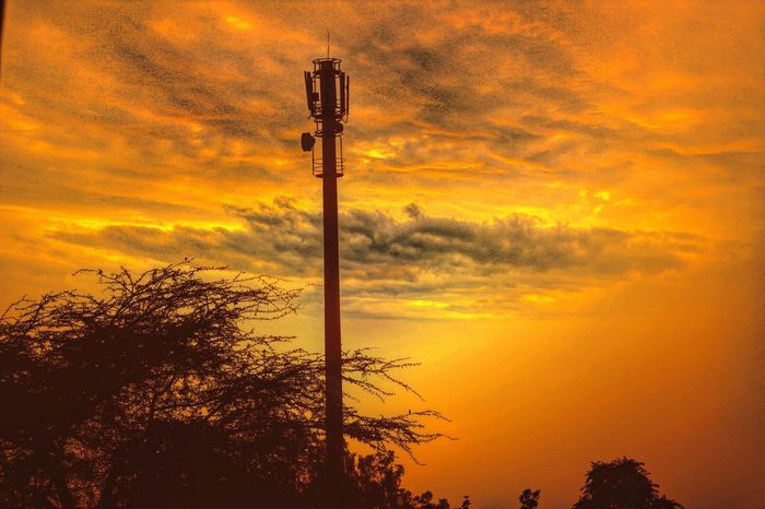 Eveningshot Golden Camera360 Editing Pics Mobile Photography Manipal University Jaipur How's The Weather Today? Light And Shadow Evening Editted #editedversion #golden #stormy