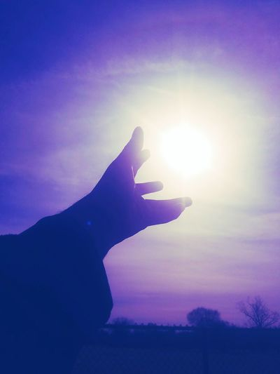 Human Hand Sunbeam Human Body Part Close-up Outdoors Day Sky Purple Sky Heaven Sunset_collection People Spiritual Awakening Illuminated Lovely Weather Artiseverywhere Photooftheday Photographyislife Art Photography Walking Around Taking Pictures Lovephotography  Real Photography Tranquility Real Life Getting Creative Beautifully Organized