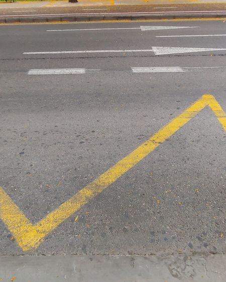 Lines Yellow