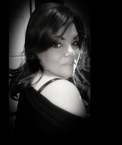 EyeEm Selects Black Background Studio Shot Headshot Beautiful Woman Close-up