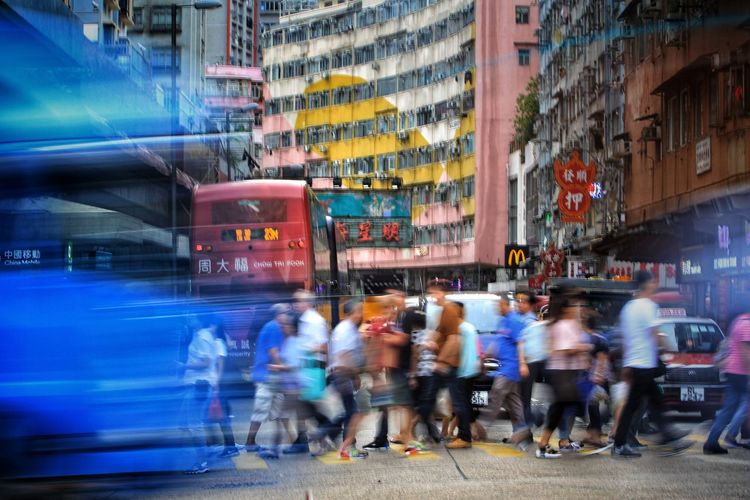 Slow Down Hong Kong Architecture NostalgicHongKong Discoverhongkong Long Exposure City Crowd Riot Pedestrian Rush Hour Motion Urgency Men Commuter Speed Crowded Urban Scene TOWNSCAPE Residential District Residential Building Residential Structure High Street Urban Skyline #urbanana: The Urban Playground