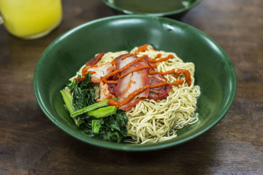 Wanton Noodles Bowl Char Siew Chili Sauce Chinese Food First Eyeem Photo Food Food And Drink Noodles Spices Table Wanton Wanton Noodles Wood - Material