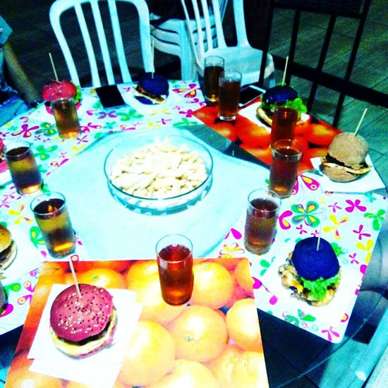 Table Food And Drink Food Ready-to-eat Drinking Glass Indoors  No People Plate Drink Healthy Eating Freshness Meal Close-up Day Amomttudoisso Food And Drink Brazil Hamburger Artesanal OMG!!!!  Riodejaneiro Bangu Love <3