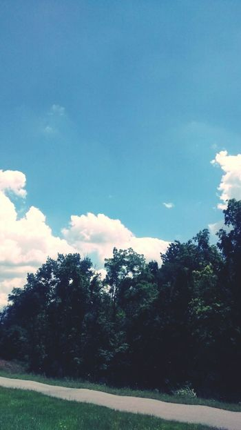 Gorgeous Day Clouds And Sky Clouds Sky Trees Relaxing Taking Photos Driving Around Check This Out Enjoying Life