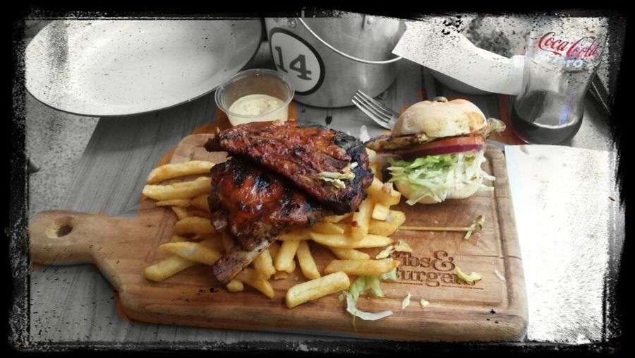 Out for a amazung sunday lunch with my girl, pork ribbs and mini burgers amzaimg Burgers Ribs Food Sundaylunch #love