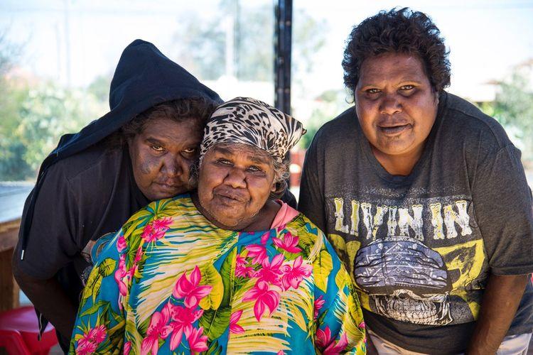 Colour Of Life Portrait Women Aboriginal Family Wiluna Documentary Documentary Photography Blue Eyes Beautiful Skin Lovely Women