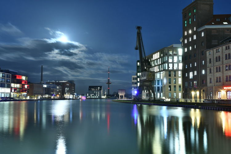 Münster Hafen bei Vollmond Muenster Münster Harbour Reflection Building Exterior Architecture Built Structure Illuminated Water Sky Waterfront Night Nature Building No People Cloud - Sky City Industry Outdoors River Dusk Harbor Construction Equipment