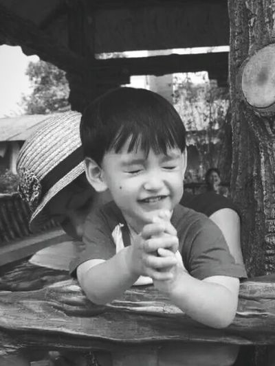 Babyhood Candid Photography Stolenmoments Close Eyes Real People Lifestyles Day Outdoors Smiling Captured Moment EyeEm Bnw