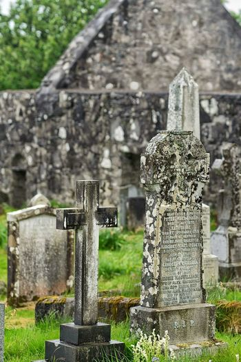 Death Deceased Remorse Christian Burial Ritual Cemetery Tombstone Memorial Cross Grave Day The Past Outdoors Graveyard Gravestone
