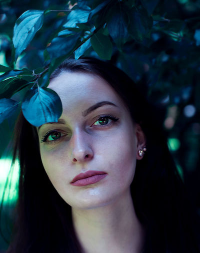Beautiful Woman Beauty Branch Close-up Day Leaf Nature One Person One Young Woman Only Outdoors People Portrait Tree Young Adult Young Women