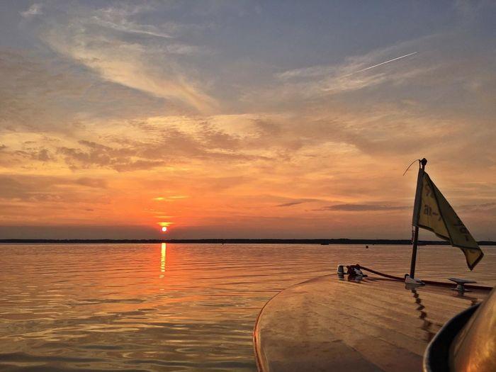 Sonnenuntergang am Steinhuder Meer. Sonnenuntergang Sundown Steinhuder Meer Steinhude-am-meer.de - Dein Meer-Foto