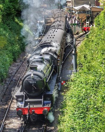 Steam engine leaves New Alresford station on the Watercress Line in Hampshire, England. Transportation Steam Train Locomotive Land Vehicle Watercress Line Hogwarts Express Train Train Station Train Tracks Platform Of Train Station Hampshire  English Train Steam Steam Locomotive