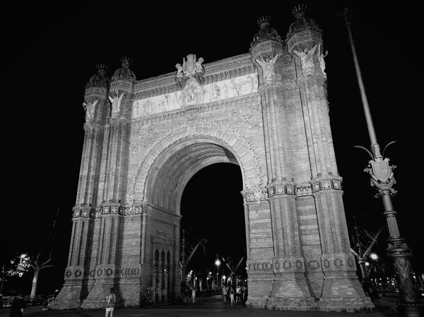 Arc de triomf. Blackandwhite Architecture Arcdetriomf Night Barcelona Architecture_bw