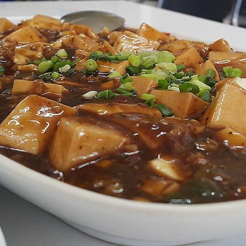เต้าหู้คือนิพพาน เต้าหู้ทรงเครื่อง Stir Fried Tofu in Chinese Style Tofu Chinese Food Food ร้านเกี๊ยวเมืองจีนอาหารและบรรยากาศoriginal (อะริจ'จิเนิล) มากเหมือนนั่งทานอยู่ในประเทศจีน อร่อยทุกอย่าง CR Bangkok