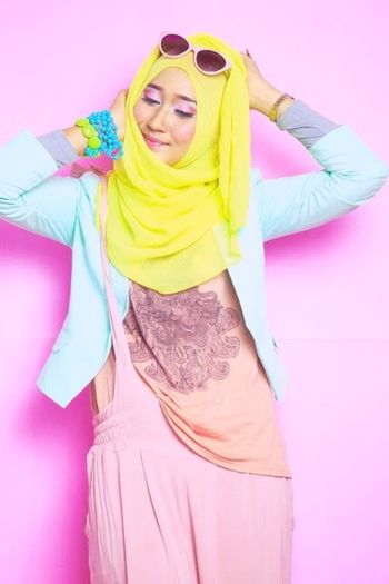 Striking Fashion Hijabstyle  Modeling Hijabfashion Hello World Dianpelangi Photography Makeup