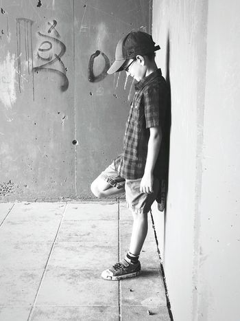 Baseball Cap One Man Only Fashion City EyeEmNewHere Mix Yourself A Good Time Second Acts Rethink Things Be. Ready. Mobility In Mega Cities Visual Creativity This Is Family Summer Exploratorium #FREIHEITBERLIN Creative Space The Street Photographer - 2018 EyeEm Awards 10 10 Summer Road Tripping The Troublemakers Summer Sports Urban Fashion Jungle #urbanana: The Urban Playground Be Brave My Best Travel Photo A New Beginning