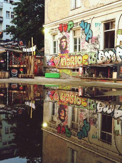 Graffiti Vegan District Berlin ADE2016 Vegan Food