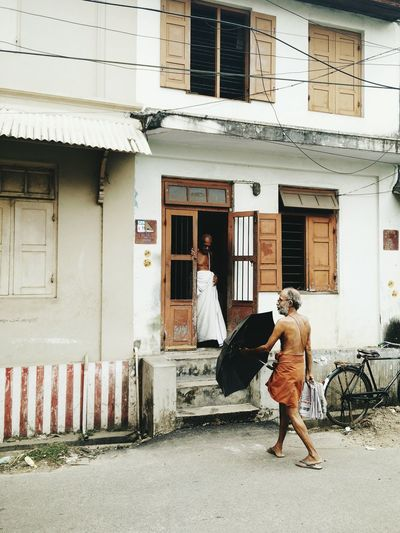 Trivandrumdiaries Architecture Street Casual Clothing Outdoors Kerala Kerala The Gods Own Country ;) Architecture Built Structure Full Length Building Exterior Road Street Young Adult Day Casual Clothing Outdoors