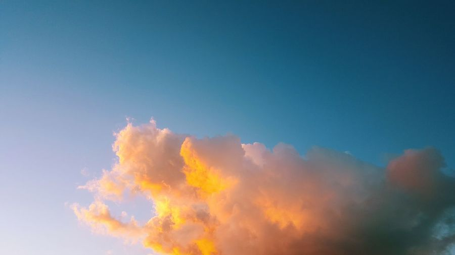 - fluffy clouds - Outdoors Nature Sky Clouds Sunset Beauty In Nature No People Clear Sky No People Outdoors Beauty In Nature Day Nature Erupting Sky First Eyeem Photo