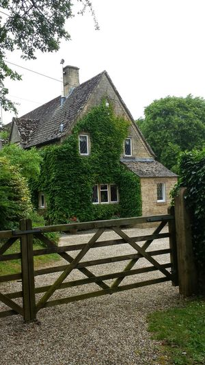 Buildings made with limestone. Centuries old Arlington Row, Cotswolds Taking Photos Check This Out Relaxing Hi! Enjoying Life Hello World Exploring New Ground Hanging Out Samsung Galaxy S4