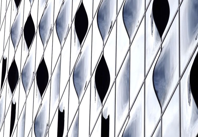 Metal Pattern In A Row Close-up Abstract No People Concentric Lines Lines And Shapes Lines, Shapes And Curves Minimalism Minimalobsession Glass Glass - Material Built Structure Elbphilharmonie Hamburg Architecture The Graphic City