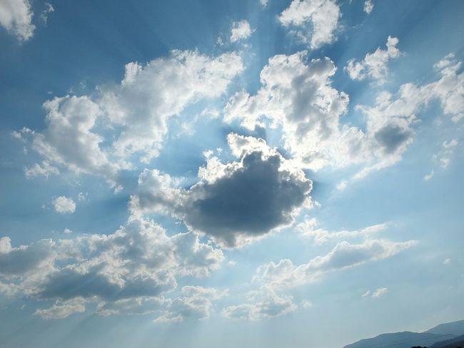 Sky Clouds Blue Taking Photos Relaxing Light Hello World Photography Open Edit EyeEm