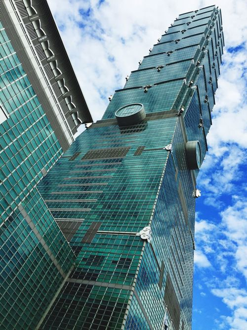 Sky City Windows Taiwan 101 Taipei Taipei,Taiwan Blue Blue Sky Air Taipei 101 Taipei City Taiwan Style Love To Take Photos ❤ Like Blue Color EyeEm Sun Day Bueatiful Bueatiful Day Love Likes 101 Taipei 101,Taipei,Taiwan
