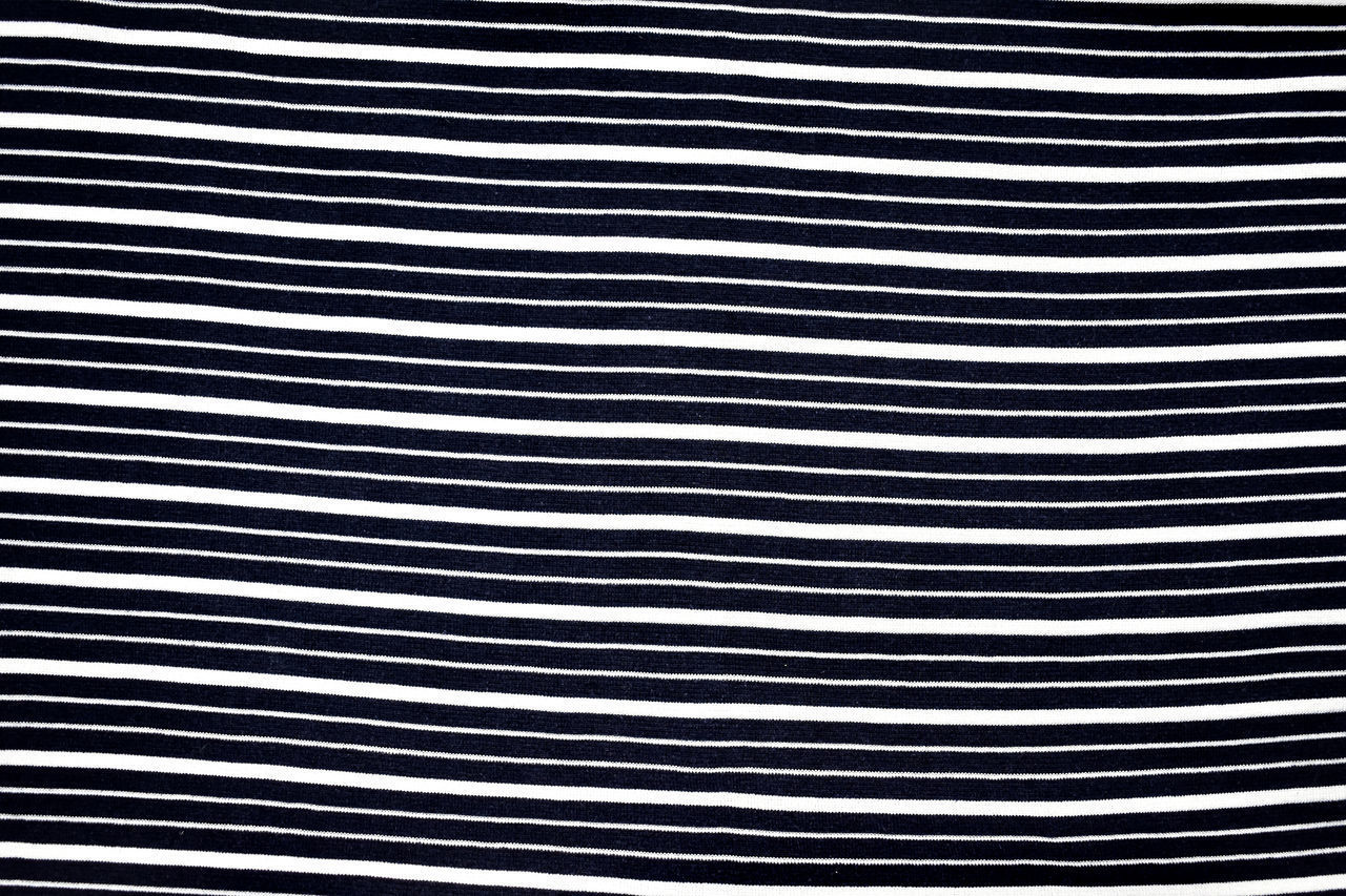 pattern, backgrounds, striped, full frame, no people, textured, close-up, abstract, black color, textile, indoors, material, repetition, white color, metal, nature, studio shot, extreme close-up, dirty, macro, silver colored, alloy, clean, black background, steel